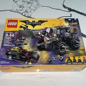 NIB LEGO Batman Two-Face Double Demolition (70915)